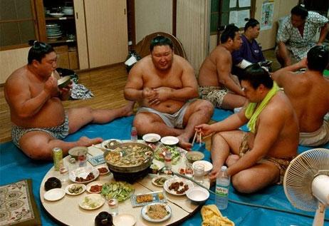 Tăng cân theo cách của Võ Sĩ Sumo Nhật Bản